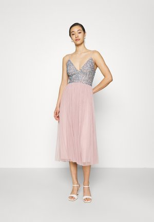 AMIRA MIDI - Cocktail dress / Party dress - blue/pink