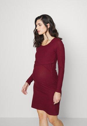 CARMA JUNE DRESS - Jersey dress - tawny port