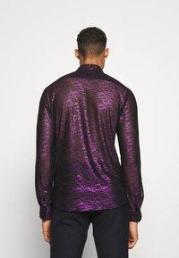 Twisted Tailor - HERBIN SHIRT - Košile - hot pink - 2