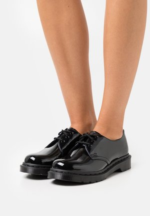 1461 MONO - Šněrovací boty - black
