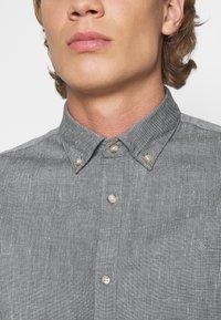 Jack & Jones PREMIUM - JPRBLALOGO AUTUMN - Shirt - grey melange - 5