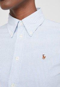 Polo Ralph Lauren - OXFORD KENDAL SLIM FIT - Skjorte - blue/white - 4