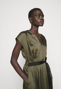 DKNY - CAP V NECK DRESS - Day dress - rosemary - 3