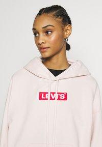 Levi's® - GRAPHIC HOODIE - Sweat à capuche - peach blush - 3
