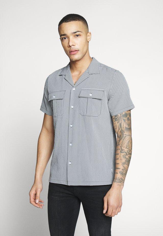 CHAN CHECK - Shirt - black/white
