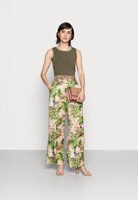 Emily van den Bergh - Trousers - multi-coloured - 1