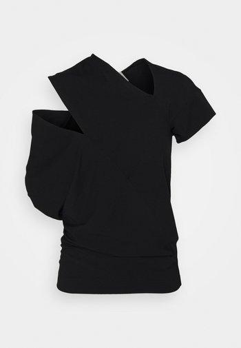 TIMANS - T-shirts med print - black
