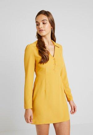 Kjole - mustard