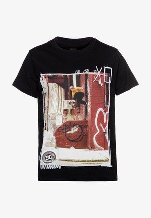 FUNK FOOTPLANT BOY - Print T-shirt - black