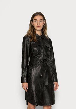 DRESS - Skjortklänning - black