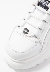 Buffalo London - Sneakers basse - blanco - 2