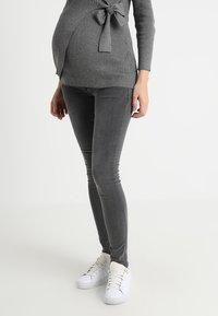 MAMALICIOUS - MLLOLA - Jeans Skinny Fit - grey denim - 0