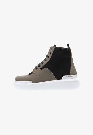 Sneakers hoog - gris pardo