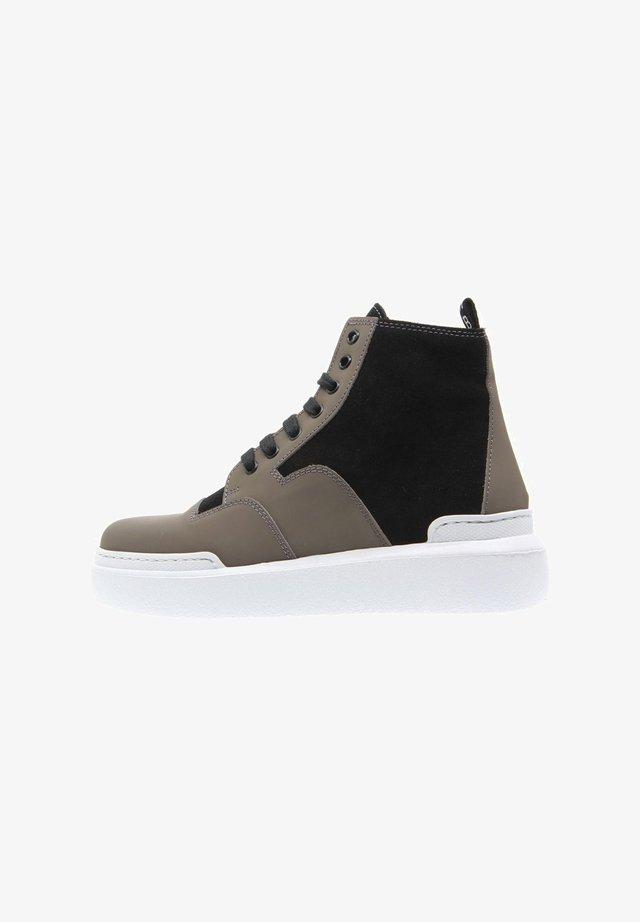 Sneakers alte - gris pardo