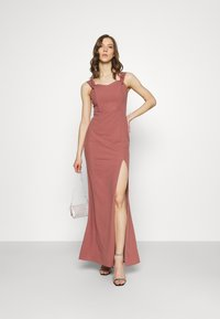 Nly by Nelly - MY DEAREST OFF SHOULDER GOWN - Suknia balowa - dark rose - 1