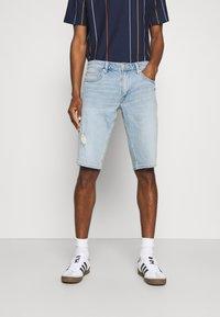 s.Oliver - BERMUDA - Jeans Shorts - light blue denim - 0