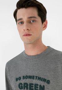Scalpers - Sweatshirt - grey melange - 3