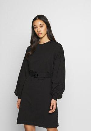 BELTED DRESS - Freizeitkleid - black