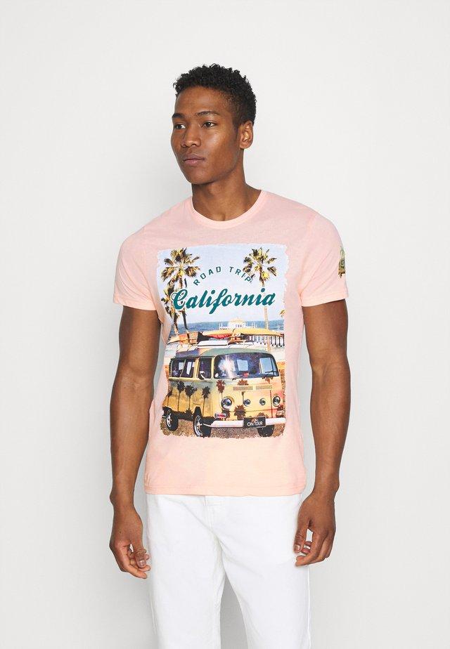 LAGOON - T-shirt z nadrukiem - summer pink
