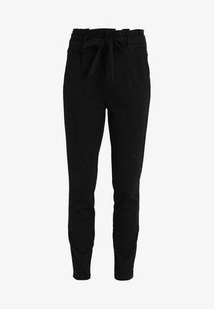 VMEVA  LOOSE PAPERBAG PANT  - Pantalones - black