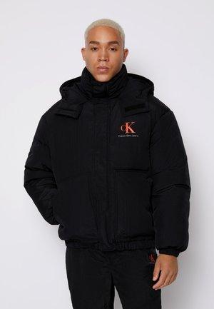 OVERSIZED PUFFER JACKET - Down jacket - black