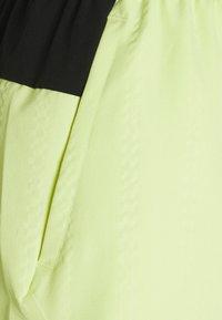 Ellesse - OLINA SHORT - Pantalón corto de deporte - light green - 5