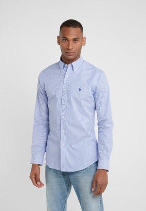 NATURAL SLIM FIT - Shirt - blue/white
