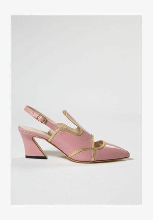 Decolleté - pink