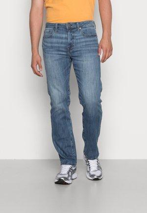 RELAXED STRAIGHT - Jeans straight leg - medium tinted indigo