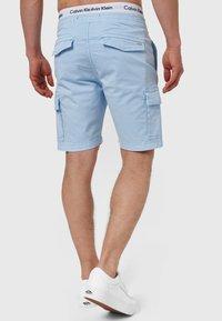 INDICODE JEANS - KINNAIRD - Shorts - light blue - 2