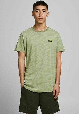 SLIM FIT - T-shirt med print - oil green
