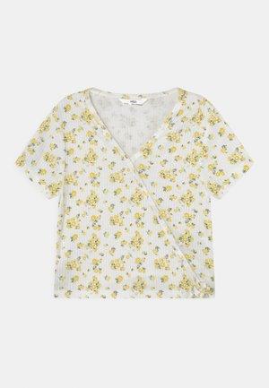 WRAP - T-Shirt print - white