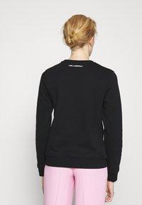 KARL LAGERFELD - KARL IKONIK OUTLINE - Sweatshirt - black - 2