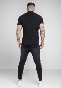 SIKSILK - GRANDAD COLLAR - Polo shirt - black - 2
