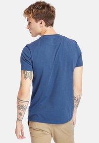Timberland - Basic T-shirt - dark denim - 2