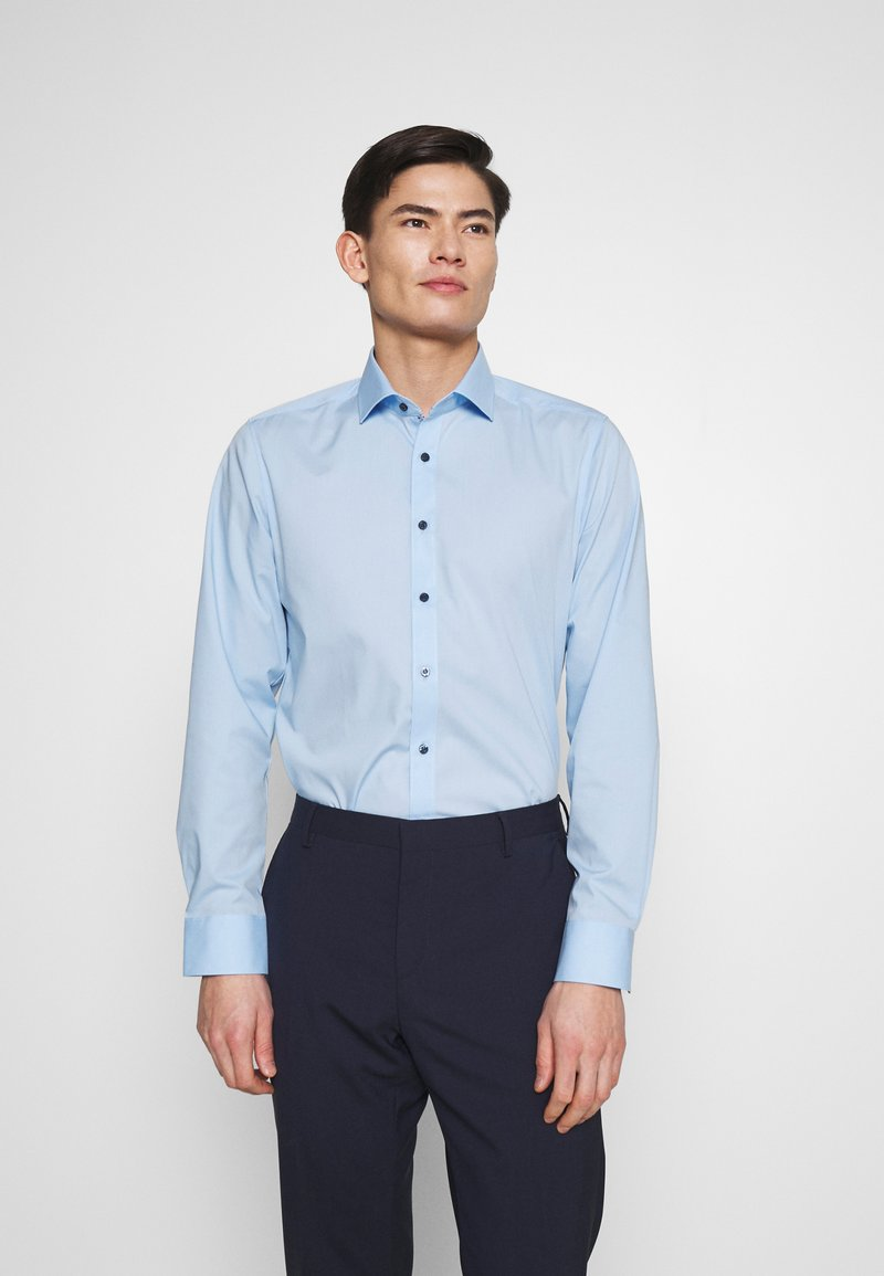 OLYMP - OLYMP LEVEL 5 BODY FIT  - Camicia elegante - hellblau