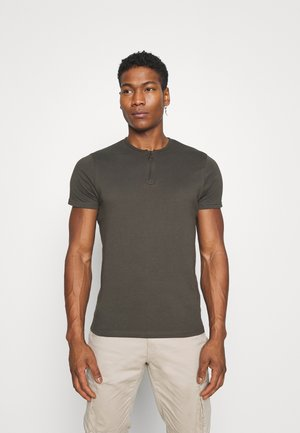 RUSSELLB - Basic T-shirt - dark khaki