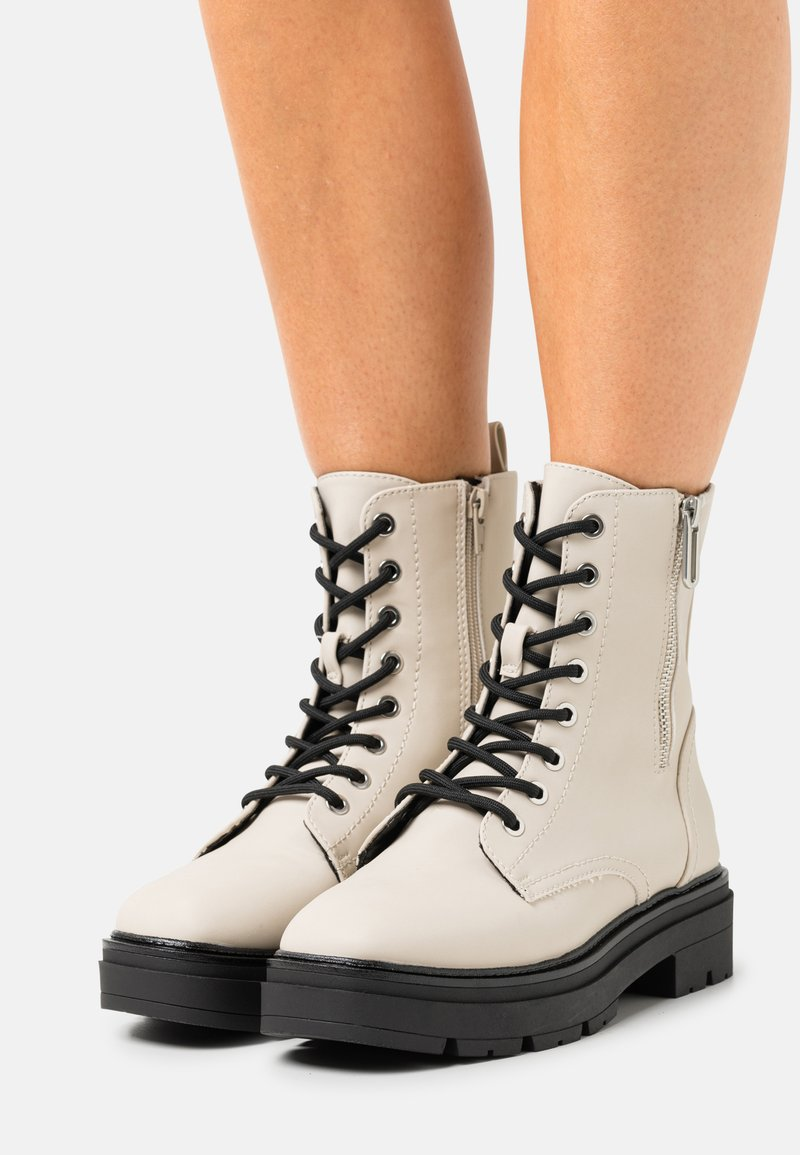 Call it Spring - VEGAN BOWIIE - Platform ankle boots - ice