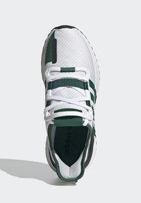 adidas Originals - U_PATH RUN UNISEX - Tenisky - crystal white/collegiate green/core black - 1