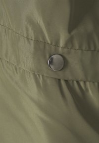 JDY - REACH HOOD - Summer jacket - kalamata - 2