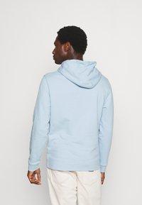 Lyle & Scott - HOODIE - Sweater - light blue - 2