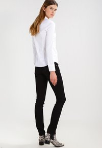 Mos Mosh - TILDA - Button-down blouse - white - 2