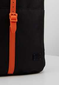 Spiral Bags - TRIBECA - Batoh - black/orange - 7
