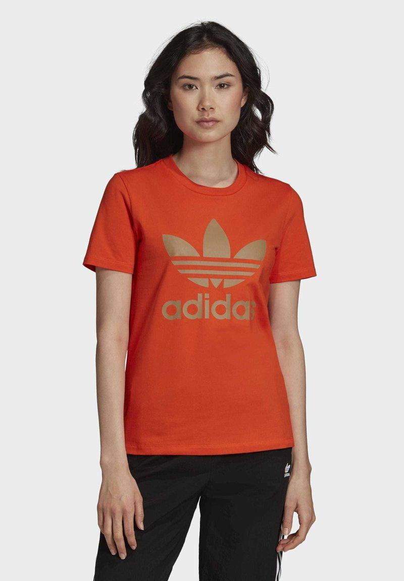 adidas Originals - TREFOIL TEE - T-shirt print - energy orange/cardboard