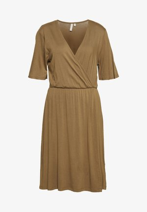 PCMARYJANE WRAP DRESS TALL - Žerzejové šaty - kangaroo