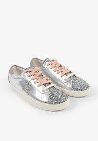 Scalpers - LIA - Sneakersy niskie - metal - 1