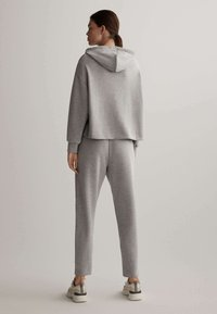 OYSHO - Pantalon de survêtement - light grey - 2