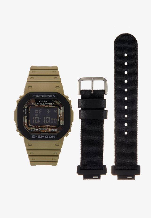 LAYERED BEZEL - Reloj digital - green