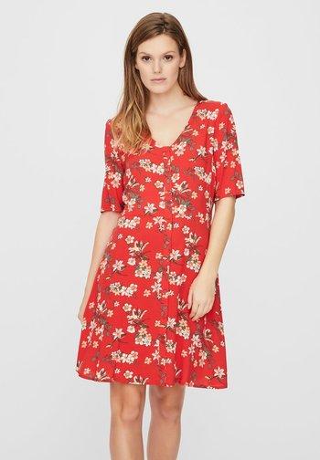 Day dress - goji berry