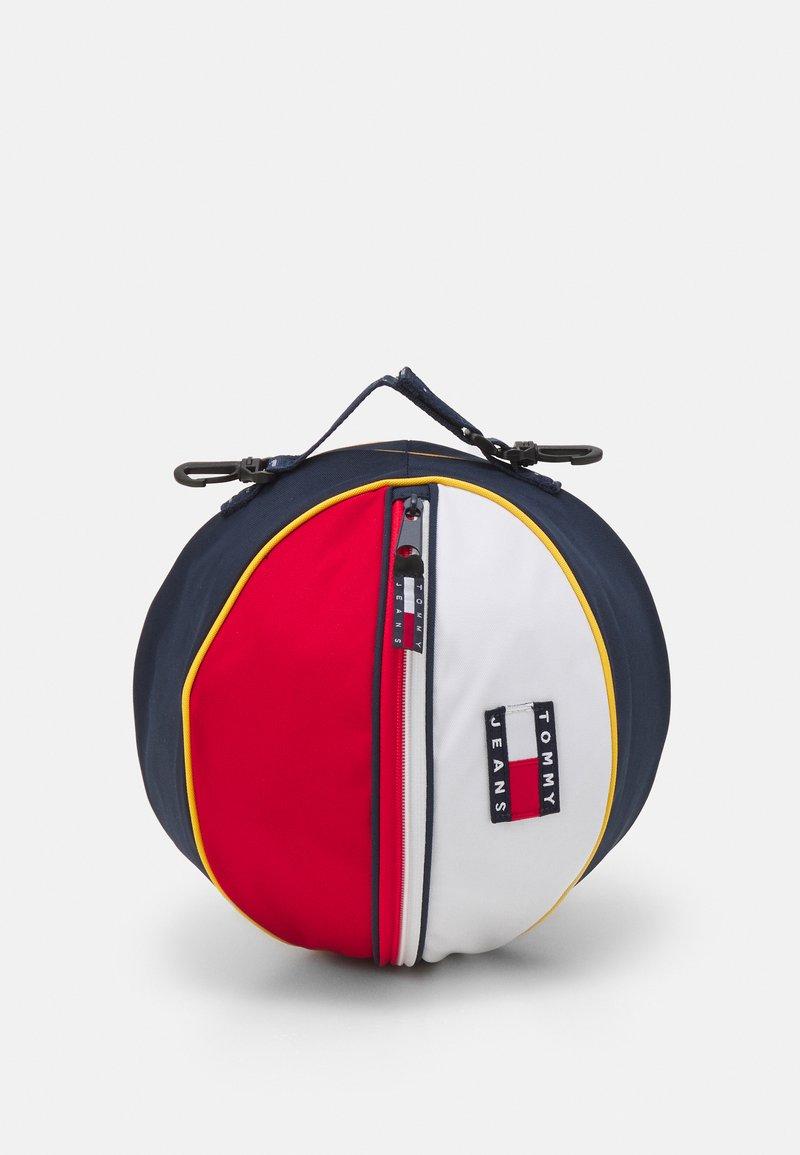 Tommy Jeans - HERITAGE BALL BAG UNISEX - Handväska - blue
